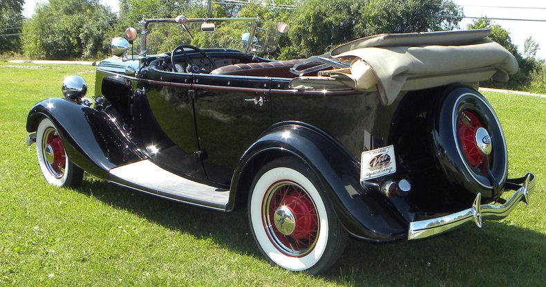 1934 Ford Model 40 Image 11