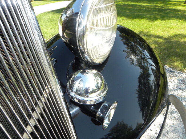1934 Ford Model 40 Image 17