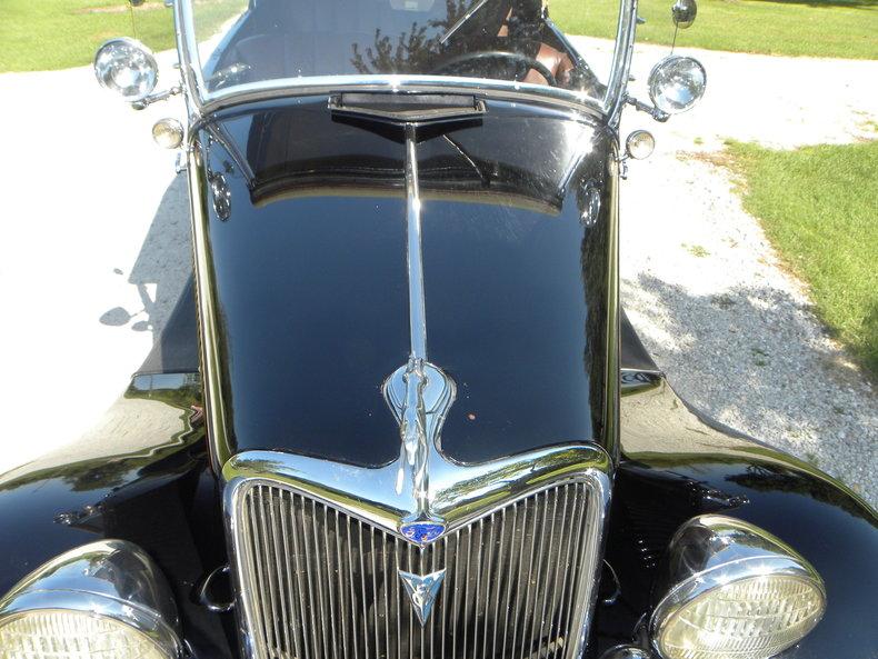 1934 Ford Model 40 Image 20
