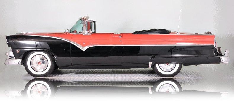 1955 Ford Sunliner Image 8