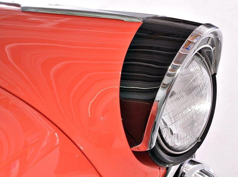 1955 Ford Sunliner Image 9