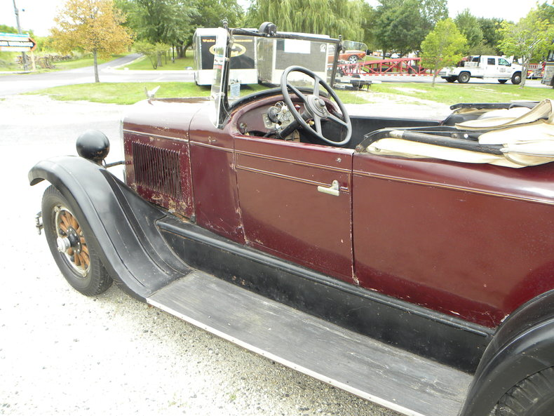 1928 Chrysler 62 Image 11