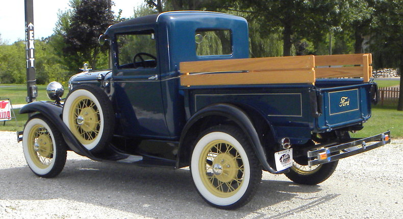 1930 Ford  Image 3