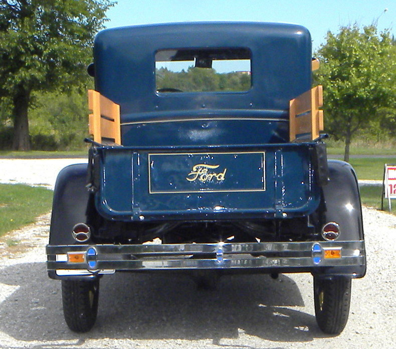 1930 Ford  Image 4