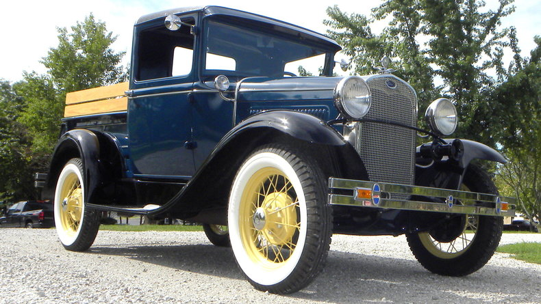 1930 Ford  Image 8