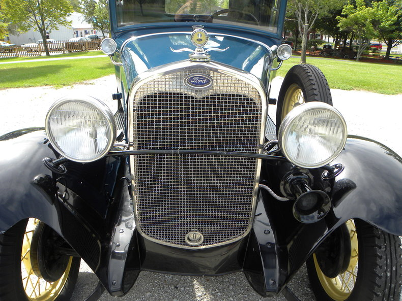 1930 Ford  Image 11
