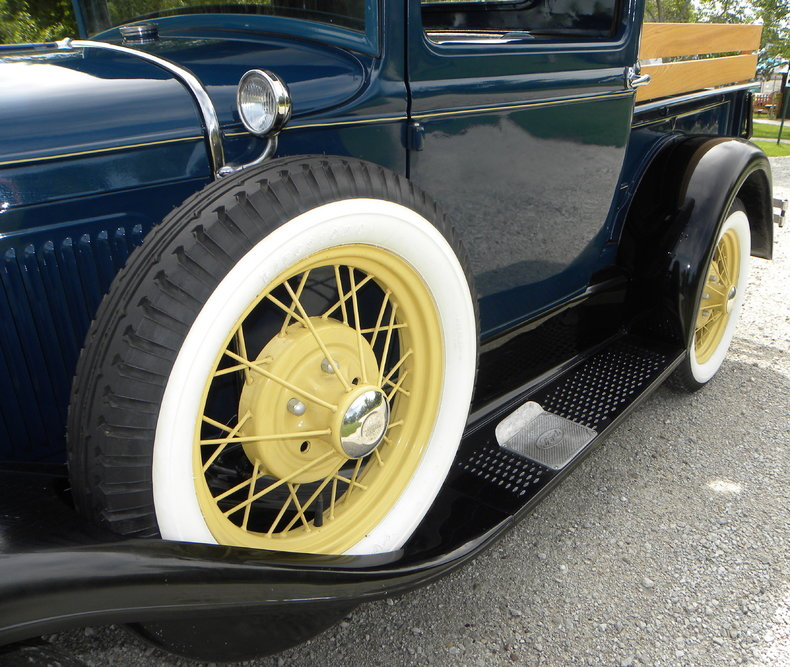 1930 Ford  Image 14