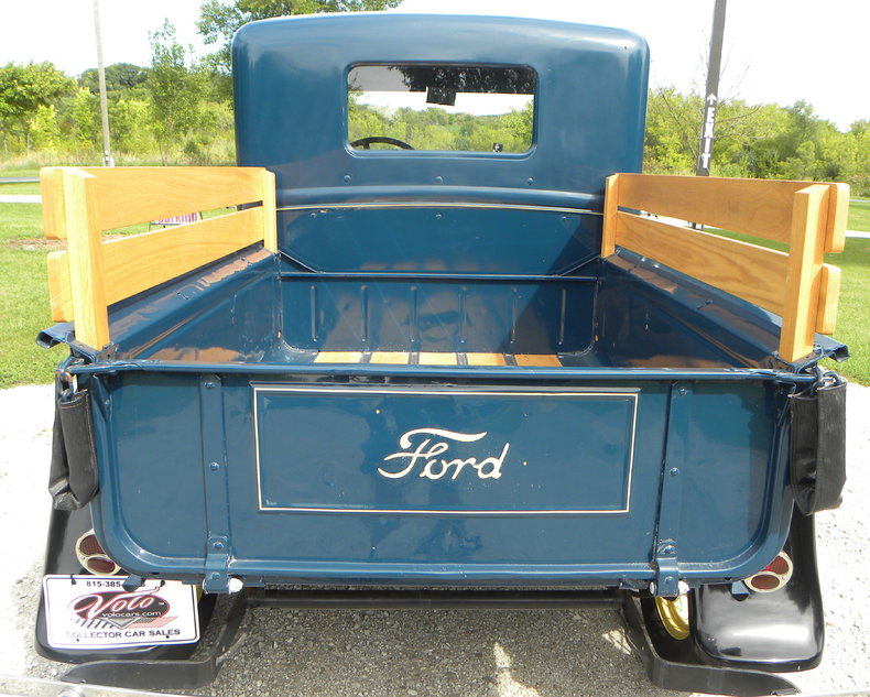 1930 Ford  Image 16