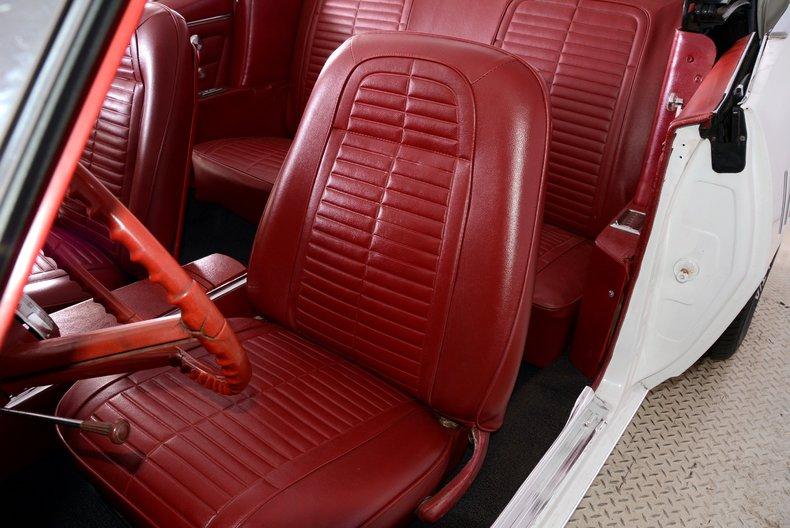 1967 Pontiac Firebird Image 7
