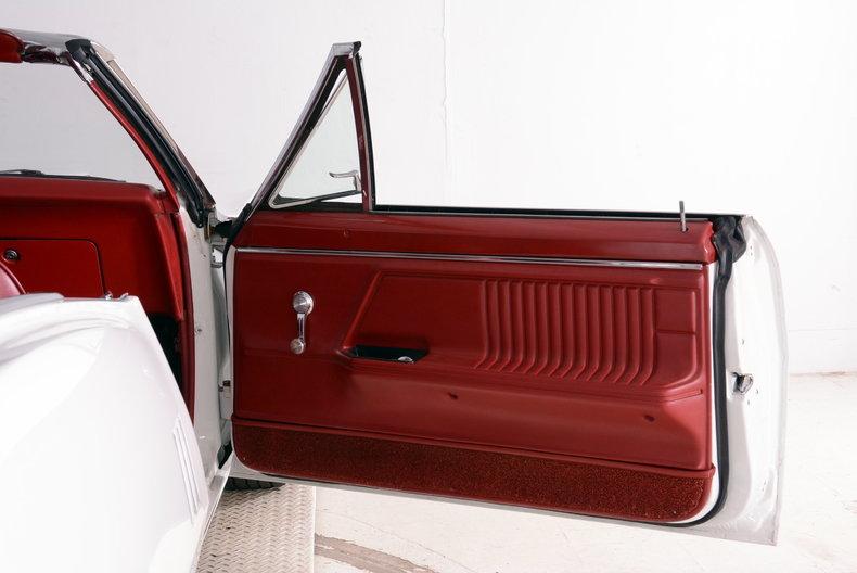 1967 Pontiac Firebird Image 15