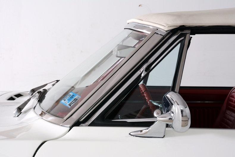 1967 Pontiac Firebird Image 22