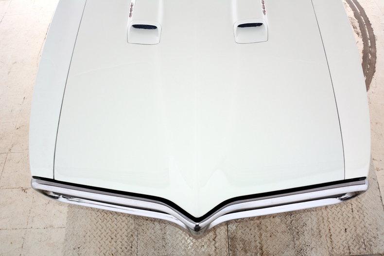 1967 Pontiac Firebird Image 27