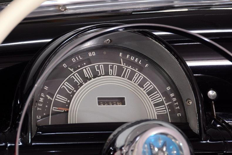 1952 Mercury Monterey Image 23