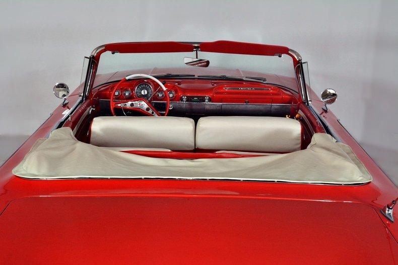 1960 Chevrolet Impala Image 9