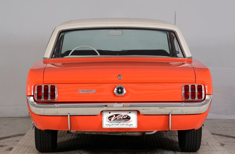 1965 Ford Mustang Image 8