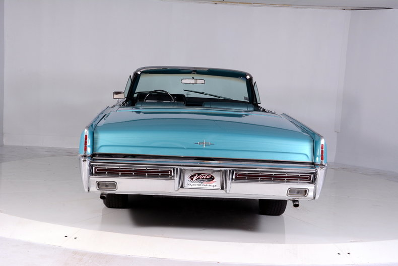 1967 Lincoln Continental Image 40