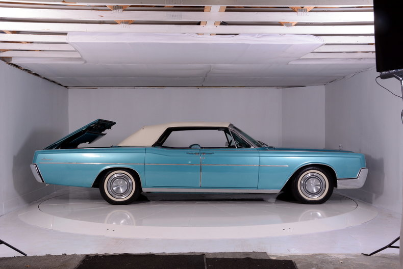1967 Lincoln Continental Image 74