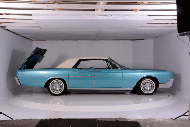 1967 Lincoln Continental Image 75