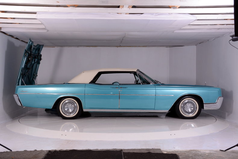 1967 Lincoln Continental Image 76