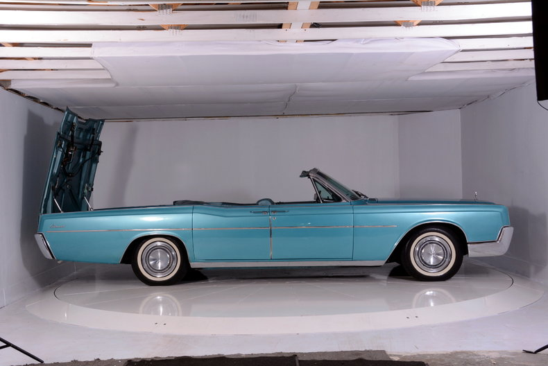 1967 Lincoln Continental Image 80