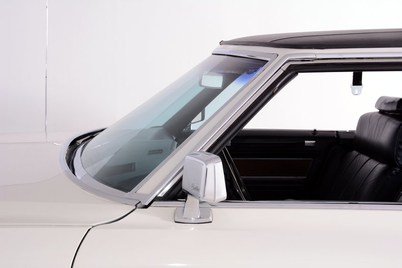 1969 Cadillac deVille Image 8