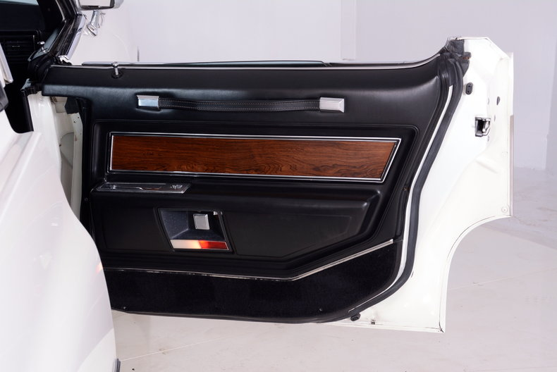 1969 Cadillac deVille Image 16
