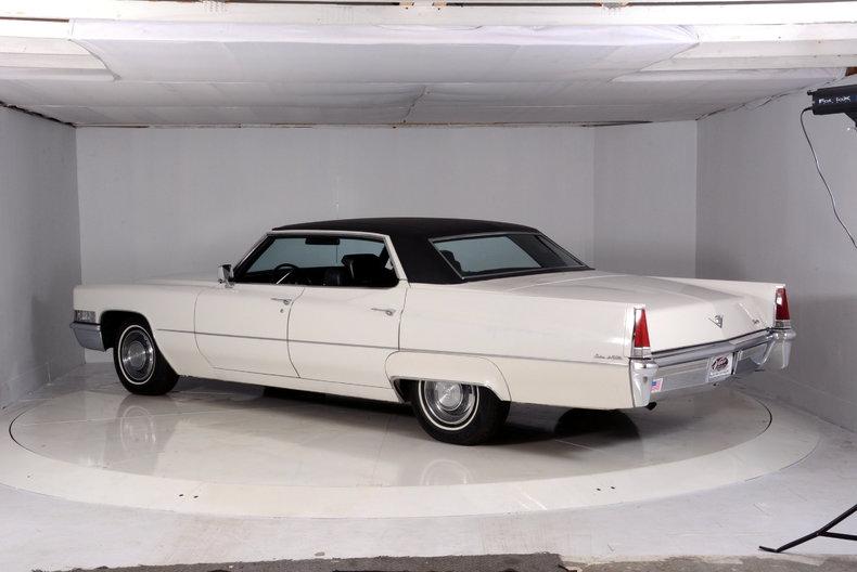 1969 Cadillac deVille Image 22