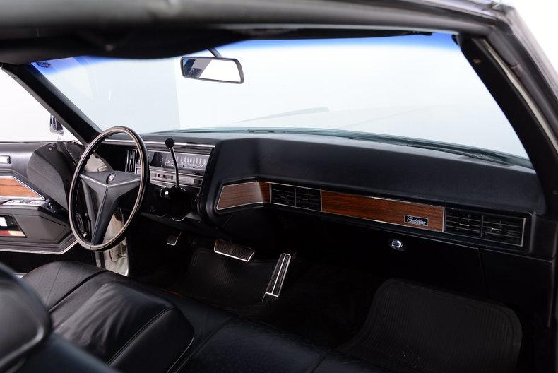 1969 Cadillac deVille Image 23