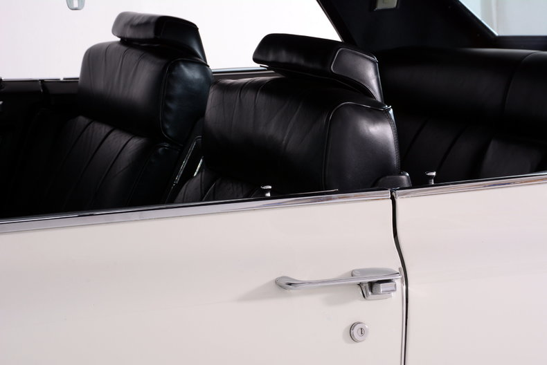 1969 Cadillac deVille Image 24