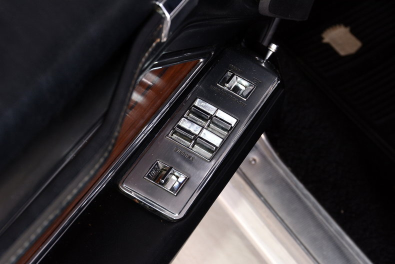1969 Cadillac deVille Image 39