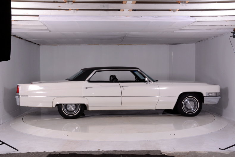 1969 Cadillac deVille Image 40