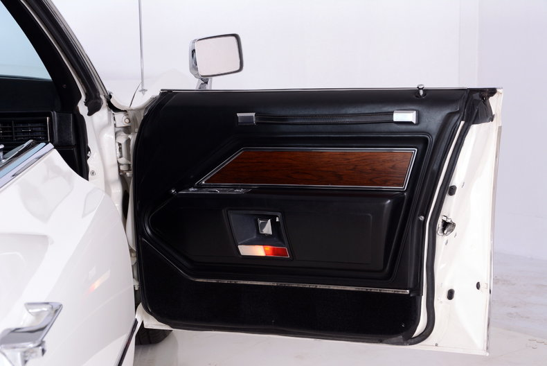 1969 Cadillac deVille Image 53