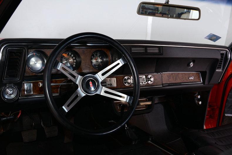 1970 Oldsmobile 442 Image 2