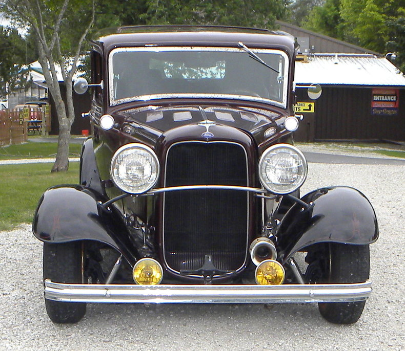 1932 Ford Custom Image 8