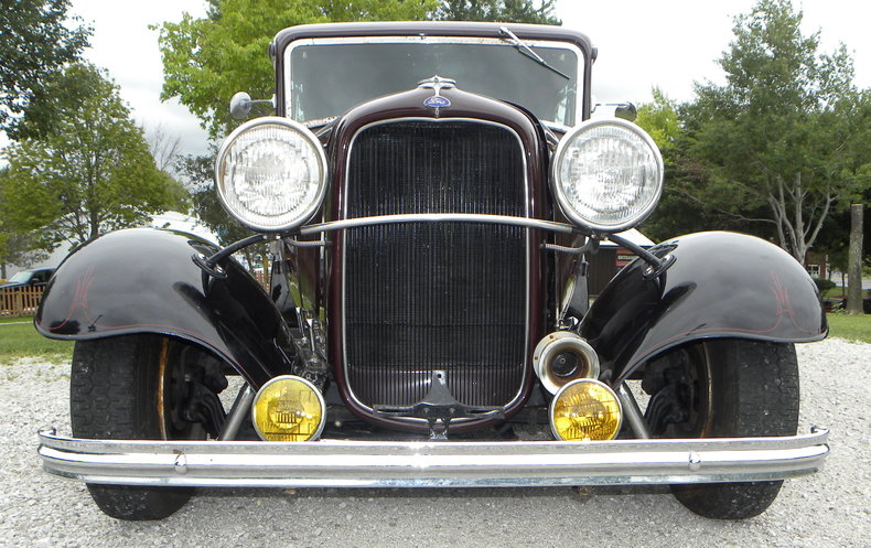 1932 Ford Custom Image 9