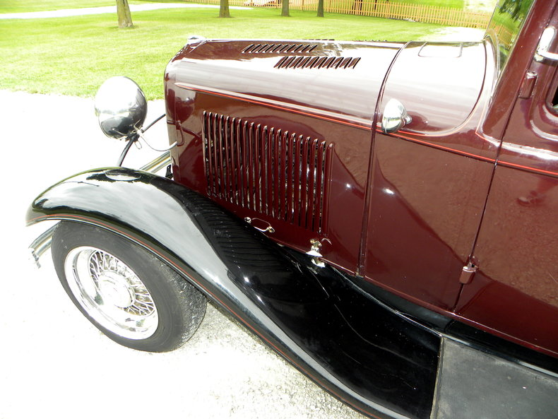 1932 Ford Custom Image 11
