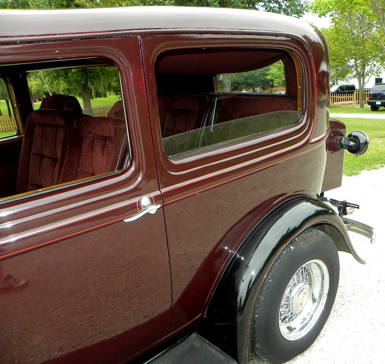 1932 Ford Custom Image 12