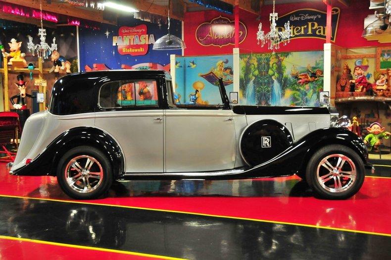 1938 Rolls-Royce Phantom III Image 6