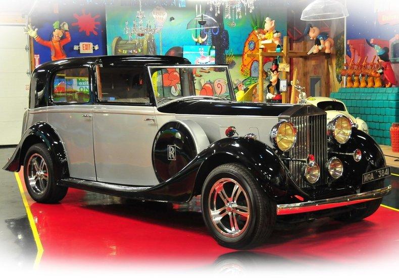 1938 Rolls-Royce Phantom III Image 12