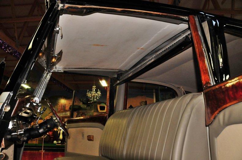 1938 Rolls-Royce Phantom III Image 32