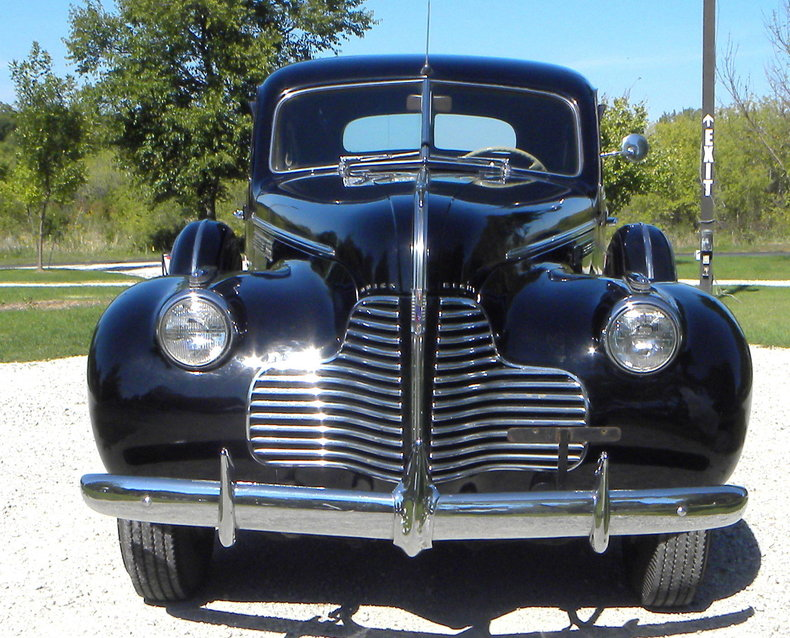 1940 Buick  Image 2
