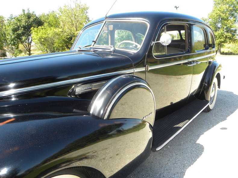 1940 Buick  Image 15