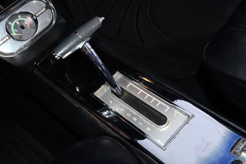 1963 Oldsmobile Starfire Image 7