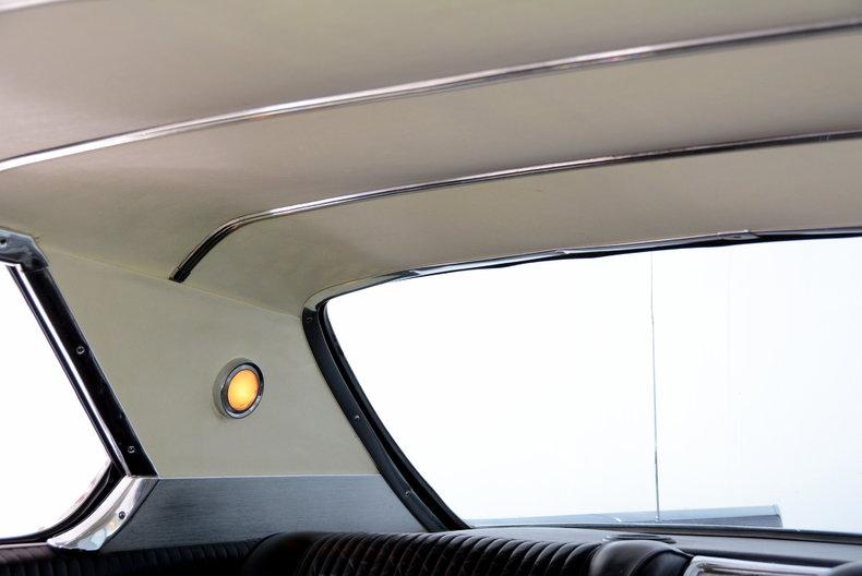 1963 Oldsmobile Starfire Image 10