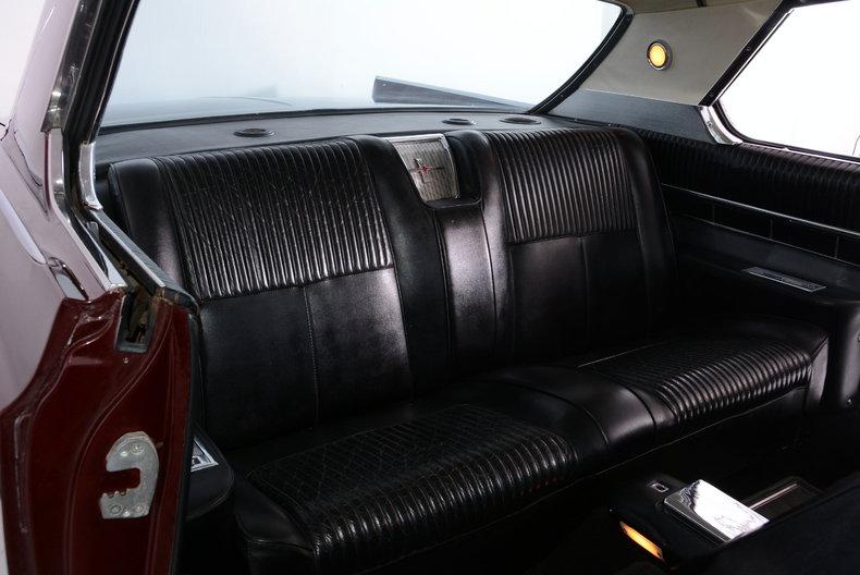 1963 Oldsmobile Starfire Image 12
