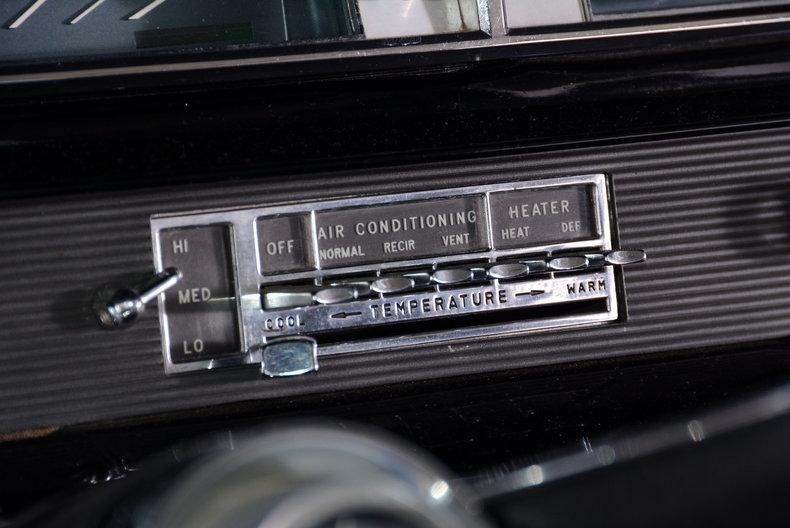 1963 Oldsmobile Starfire Image 20
