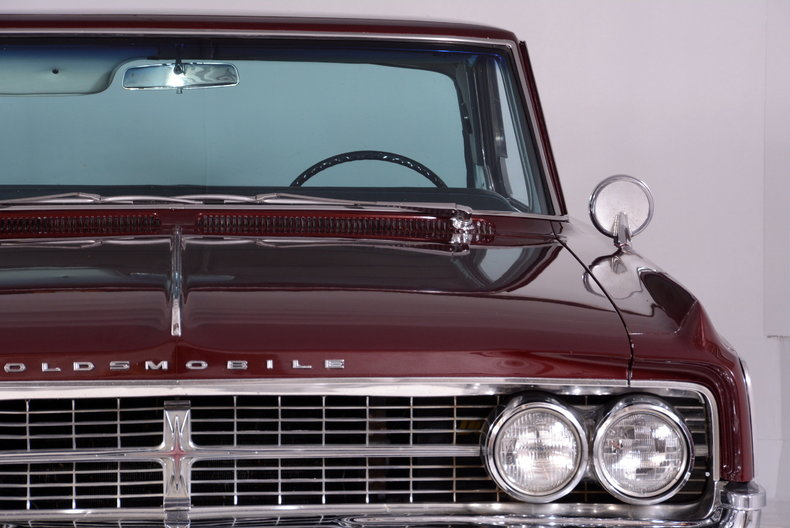 1963 Oldsmobile Starfire Image 33