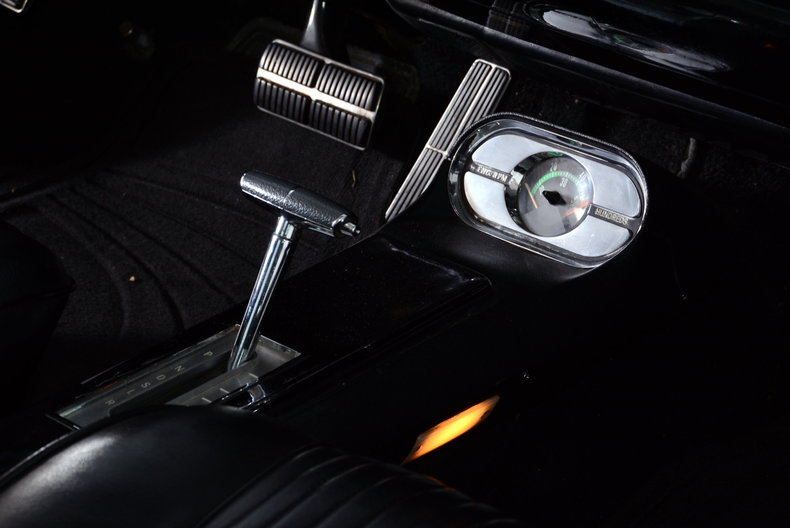 1963 Oldsmobile Starfire Image 68