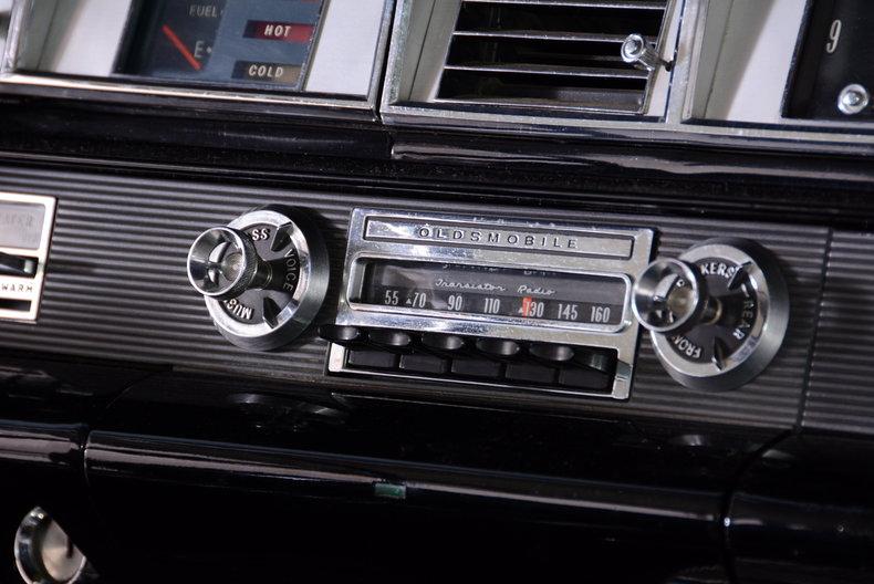 1963 Oldsmobile Starfire Image 69