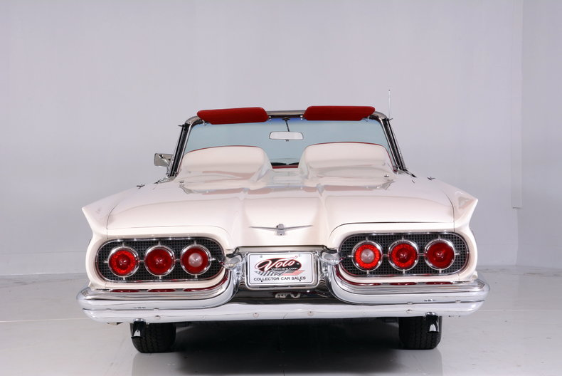 1960 Ford Thunderbird Image 20